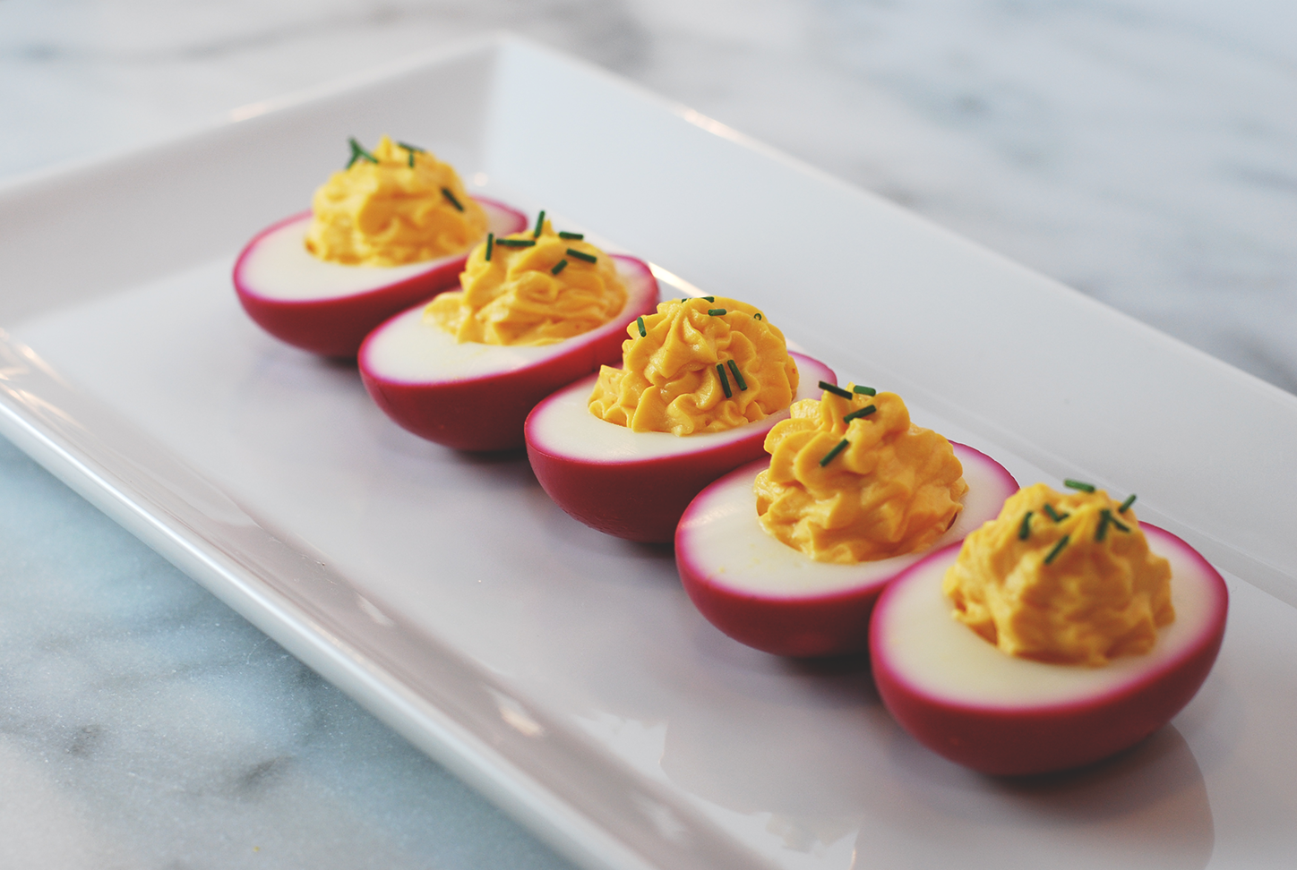 Beet-Pickled Deviled Eggs | Get in my Mouf