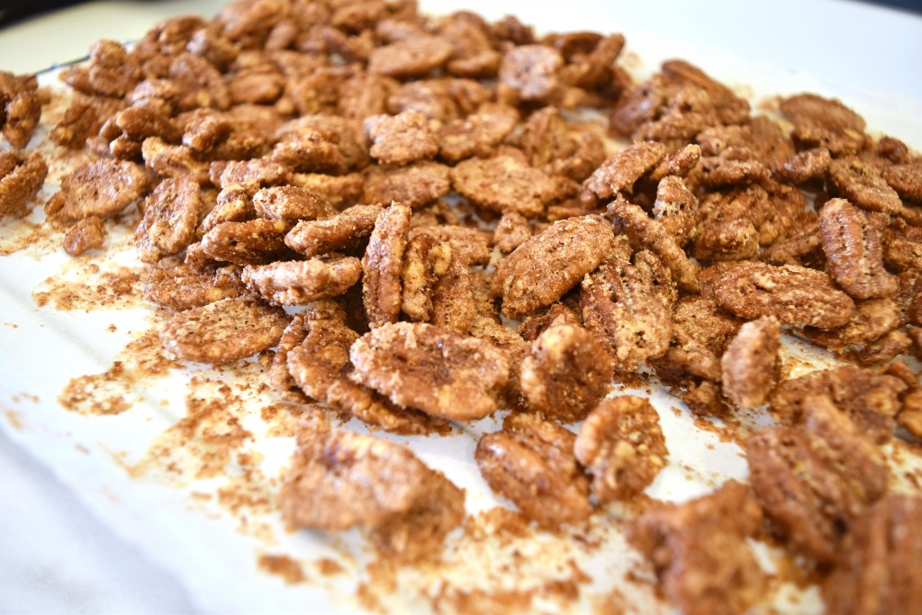 Spiced Pecans | Get in My Mouf