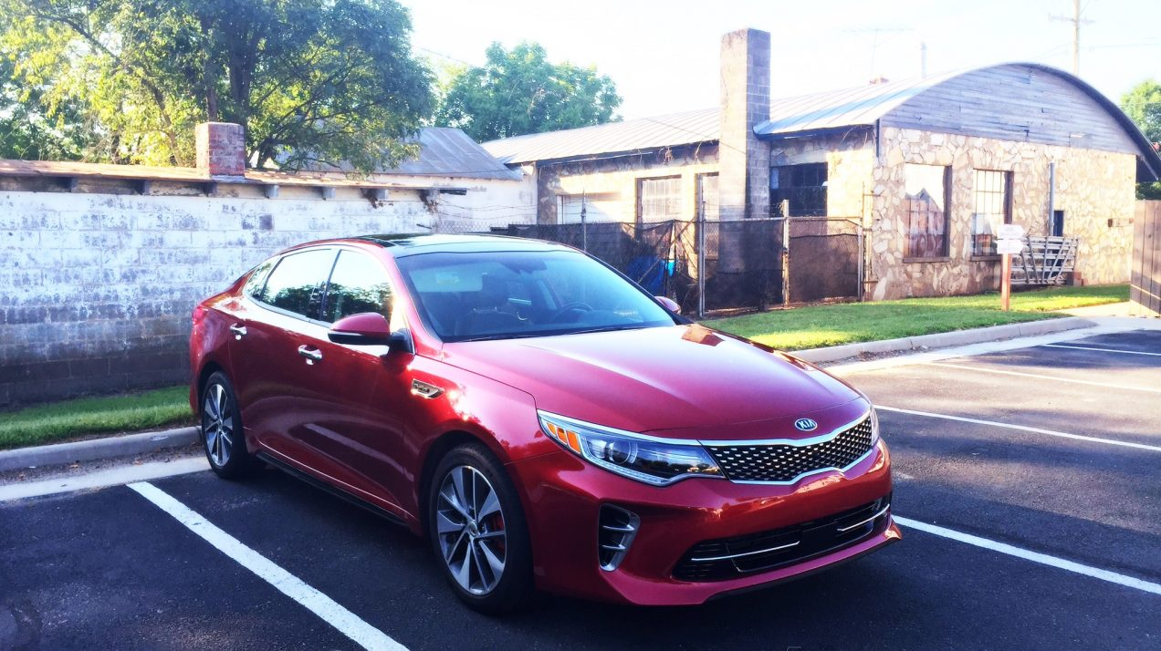 2016 Kia Optima SX Turbo | getinmymouf.com